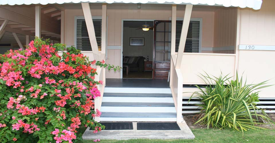 Tutu's Cottage front entry way.